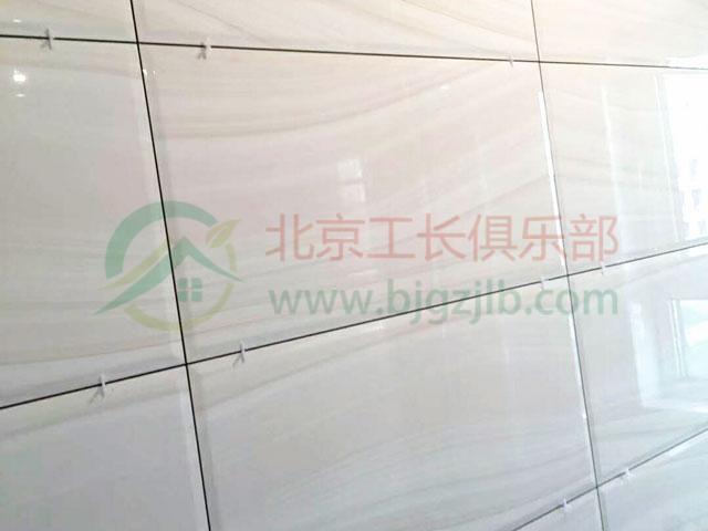 瓦工鋪瓷磚到底該不該留縫?蘇皖工長們這樣說!