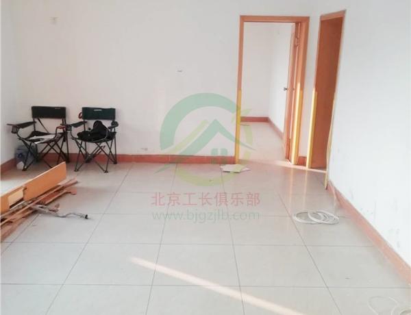 北京市昌平區名流花園復式老房裝修施工現場
