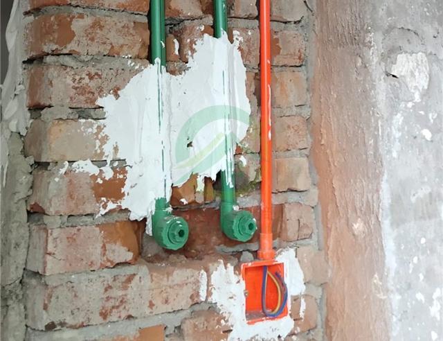 北京市西城區北營房西里二居室老房裝修施工現場
