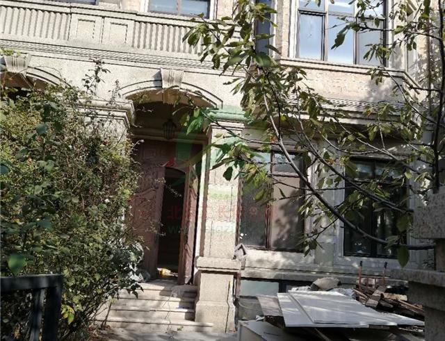北京市昌平區尚湖世家三層別墅裝修施工現場